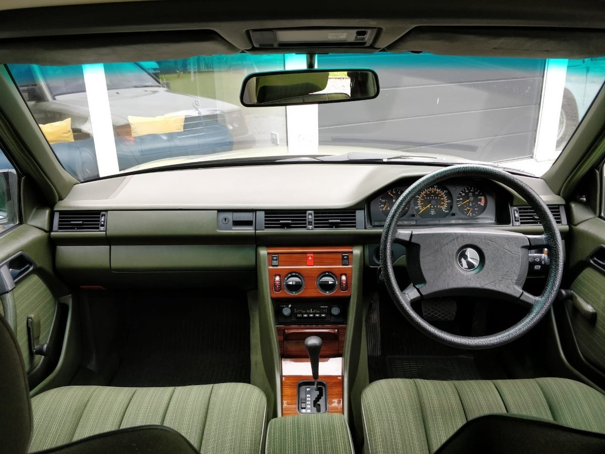 1985 1986 Mercedes 200 with 65k miles SOLD (picture 6 of 6)