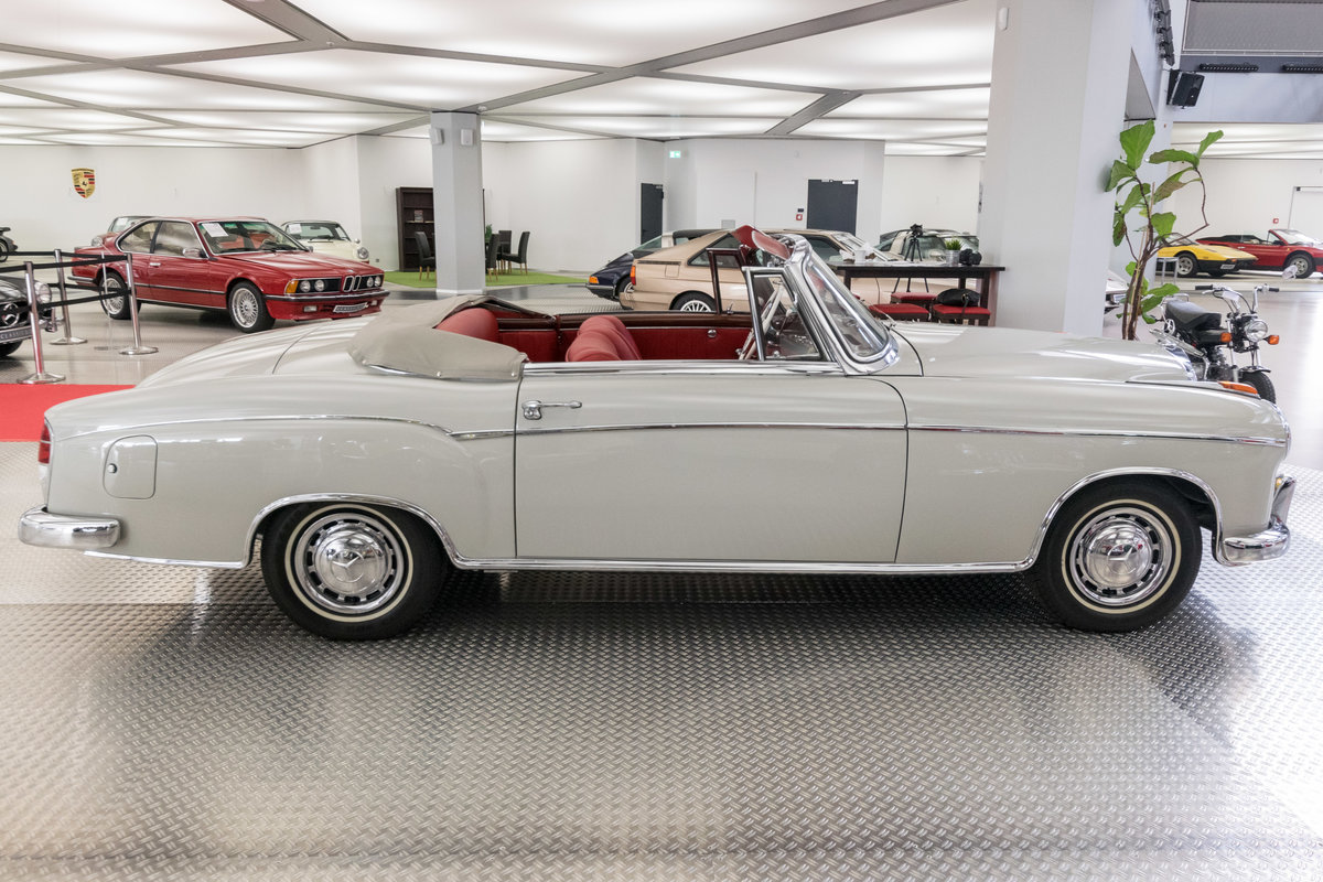 1957 Mercedes-Benz 220 S Ponton Cabrio For Sale (picture 2 of 6)