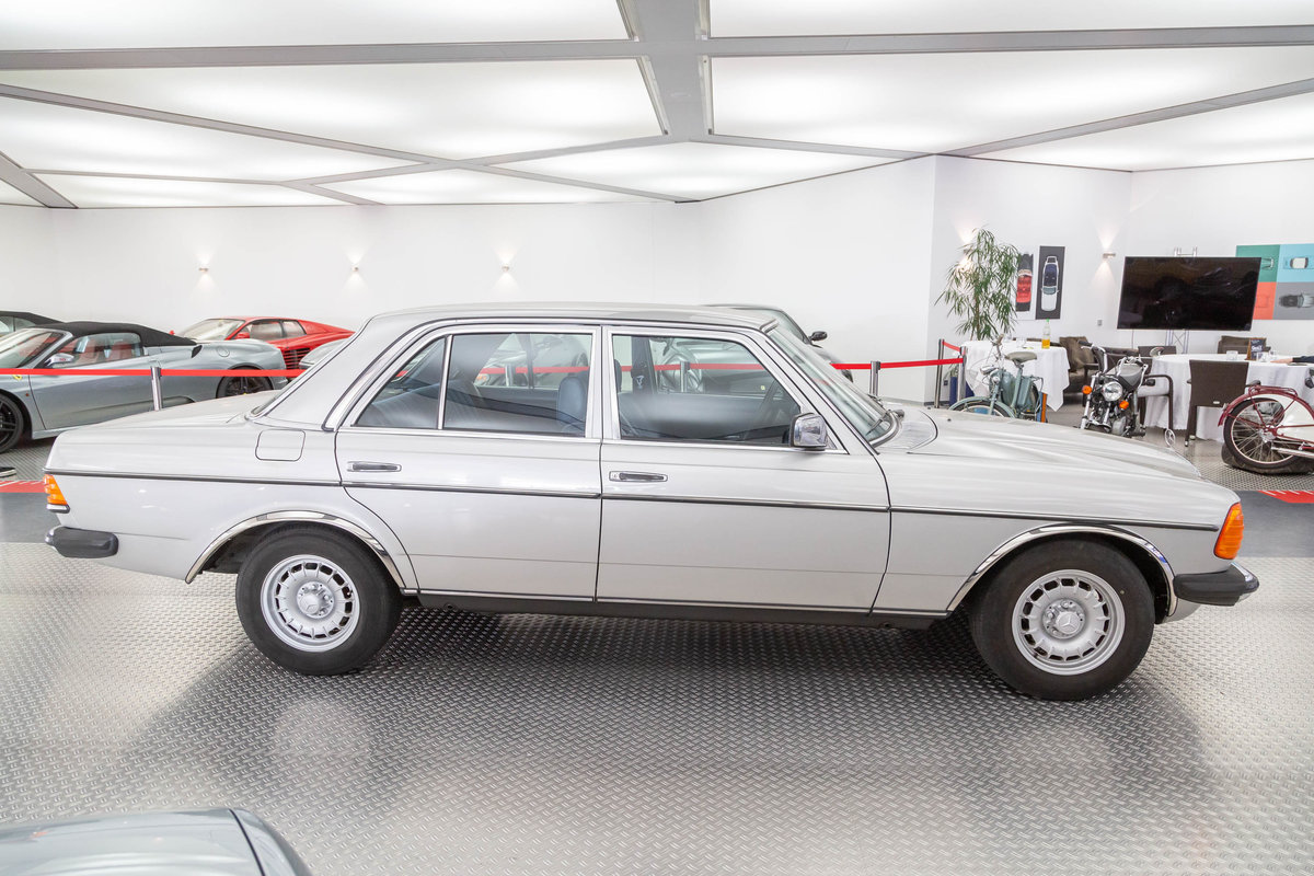 1977 Mercedes-Benz 280  For Sale (picture 2 of 6)