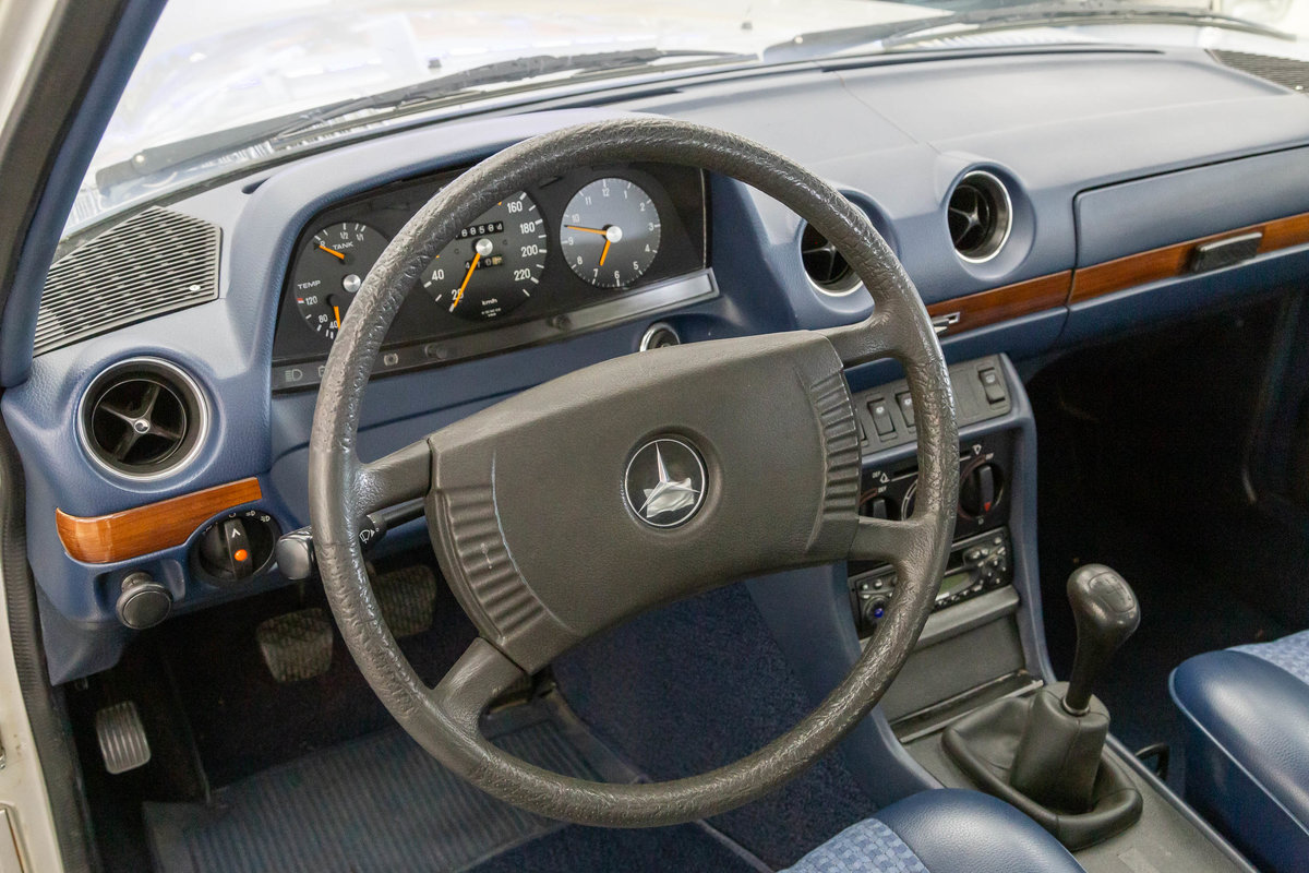 1977 Mercedes-Benz 280  For Sale (picture 6 of 6)