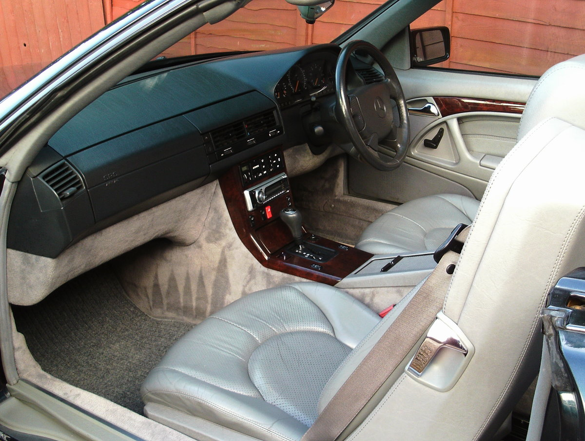 1996 Mercedes 280 sl (with hard top) For Sale (picture 2 of 6)