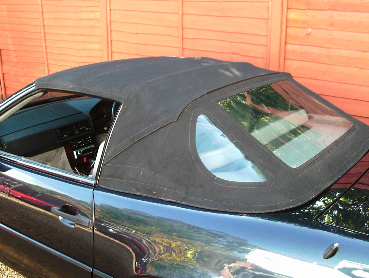 1996 Mercedes 280 sl (with hard top) For Sale (picture 4 of 6)
