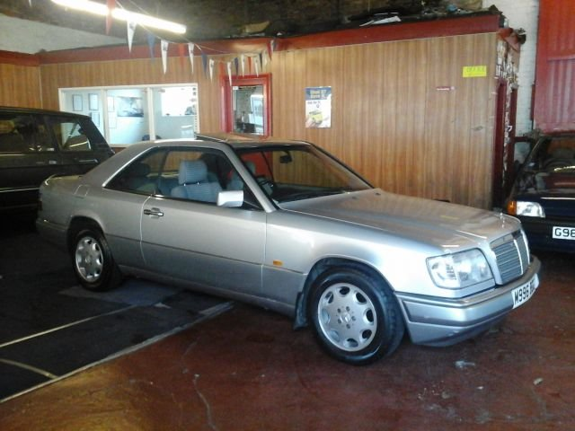 1994 M MERCEDES 220 CE COUPE AUTOMATIC For Sale (picture 3 of 4)