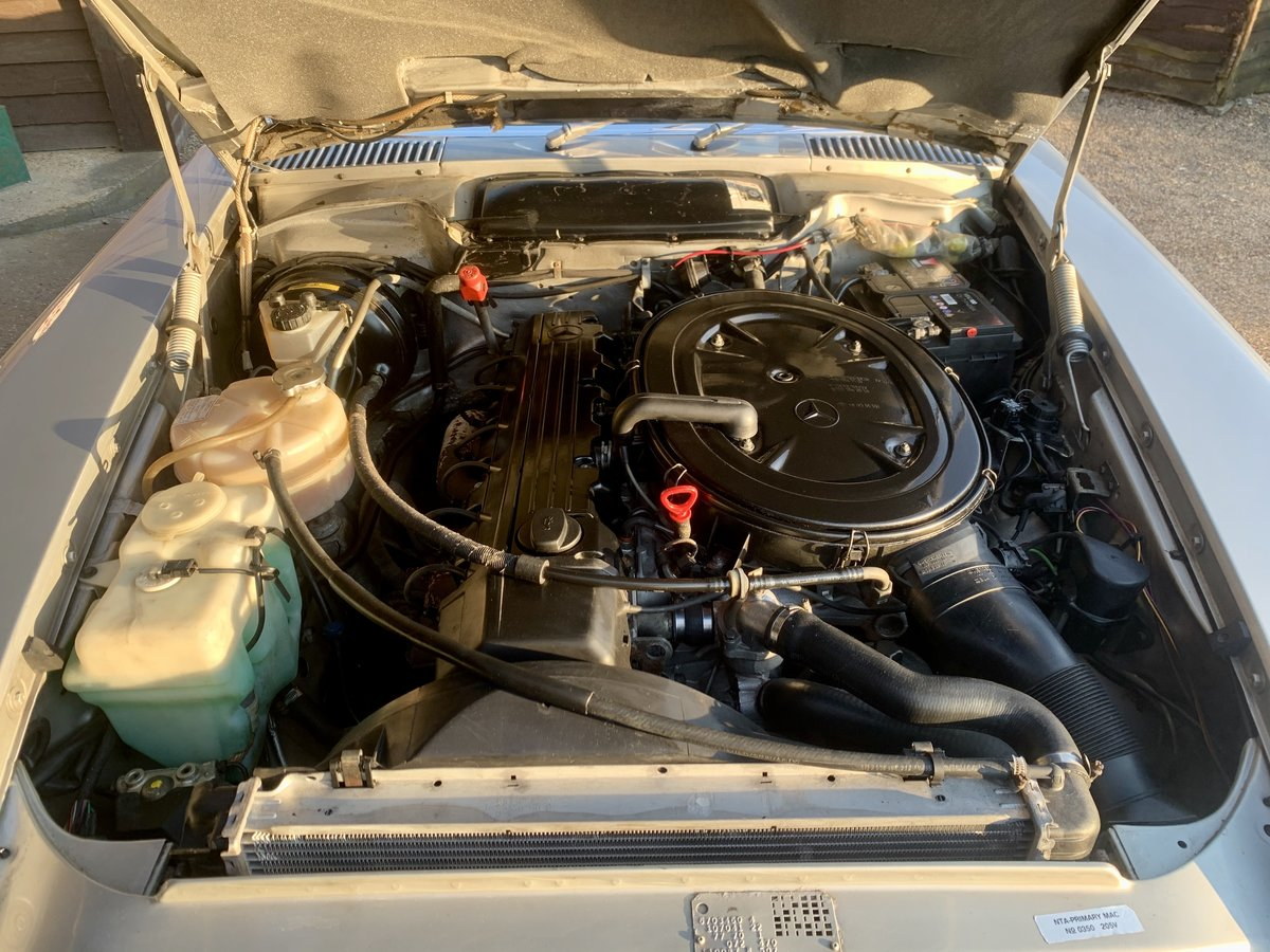 1986 MERCEDES R107 300 SL For Sale (picture 5 of 6)