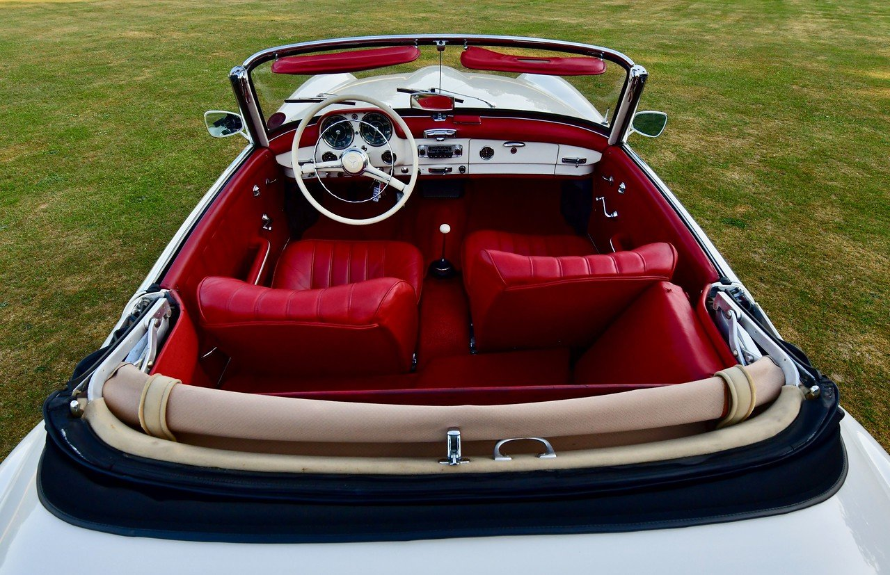 1960 Mercedes 190SL Left Hand Drive LHD For Sale (picture 5 of 6)