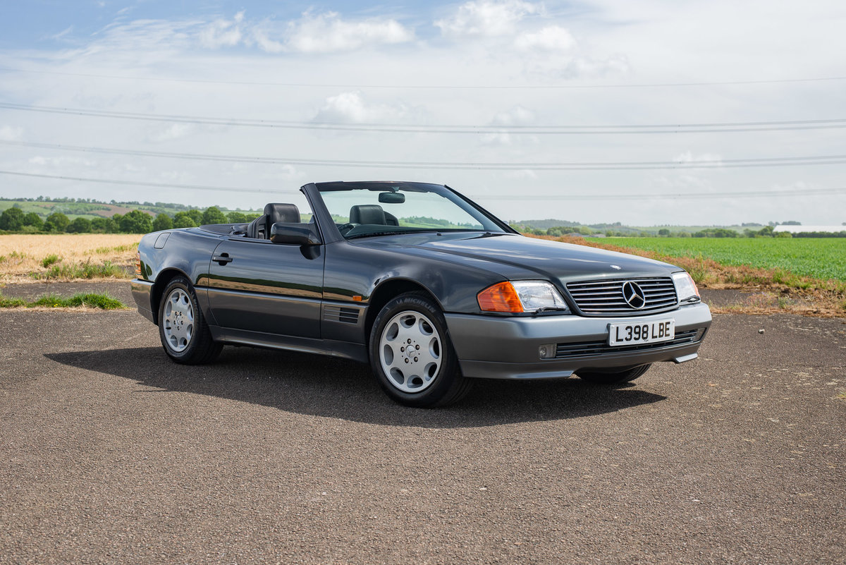 1994 Mercedes R129 SL500 - 5894 Miles From New! For Sale (picture 1 of 6)