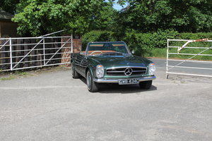 1965 Mercedes 230SL Pagoda, 5 speed ZF gearbox, show standard For Sale