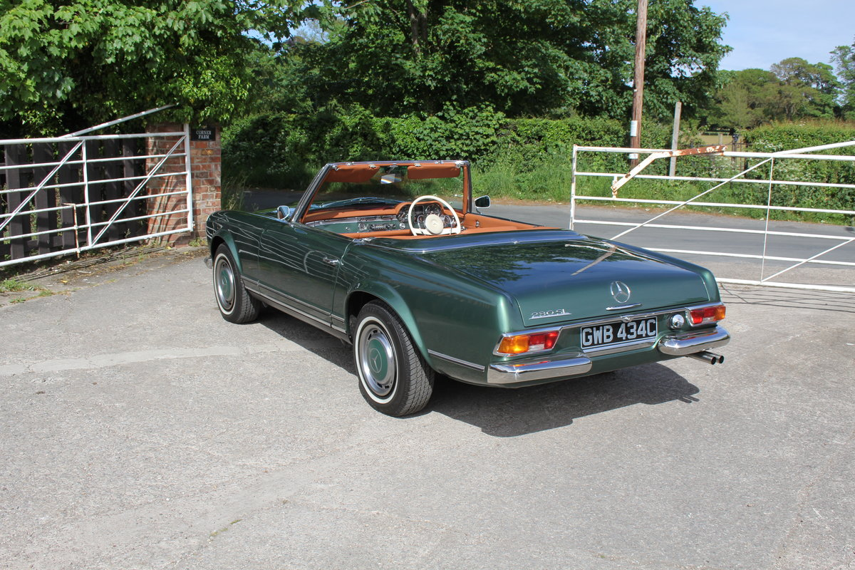 1965 Mercedes 230SL Pagoda, 5 speed ZF gearbox, show standard For Sale (picture 4 of 24)