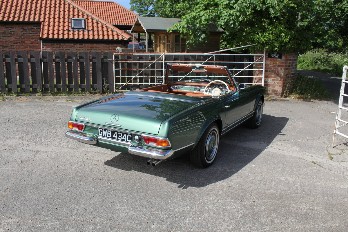 1965 Mercedes 230SL Pagoda, 5 speed ZF gearbox, show standard For Sale (picture 6 of 24)