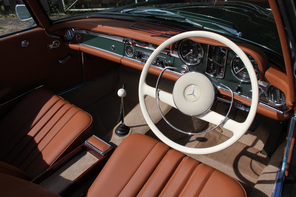 1965 Mercedes 230SL Pagoda, 5 speed ZF gearbox, show standard For Sale (picture 7 of 24)