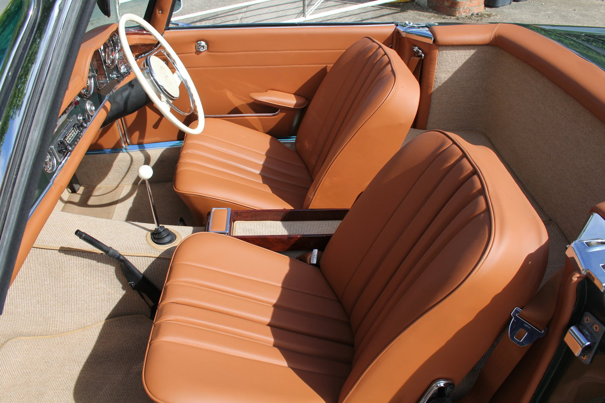 1965 Mercedes 230SL Pagoda, 5 speed ZF gearbox, show standard For Sale (picture 12 of 24)