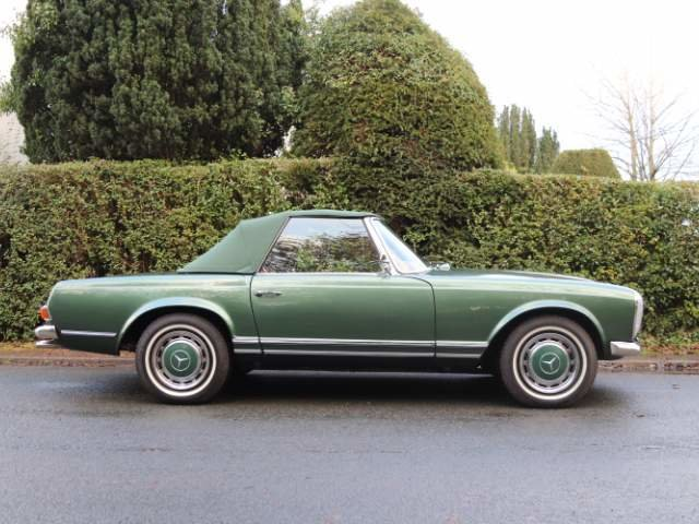 1965 Mercedes 230SL Pagoda, 5 speed ZF gearbox, show standard For Sale (picture 22 of 24)