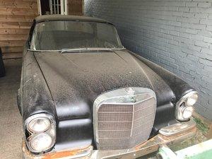 1965 Mercedes w111 220se