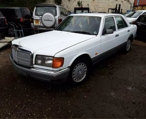 Running project mercedes 300se
