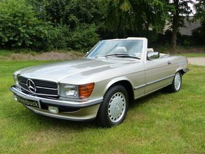 1986 Mercedes-Benz 300 SL - well-kept and very elegant For Sale