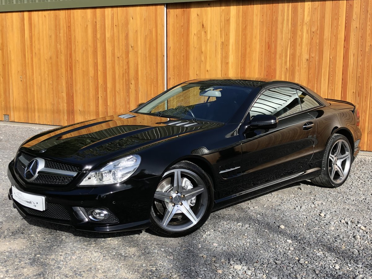 2010 Sl500 5.5 v8+facelift+panoramic+scarf+fsh For Sale (picture 1 of 5)