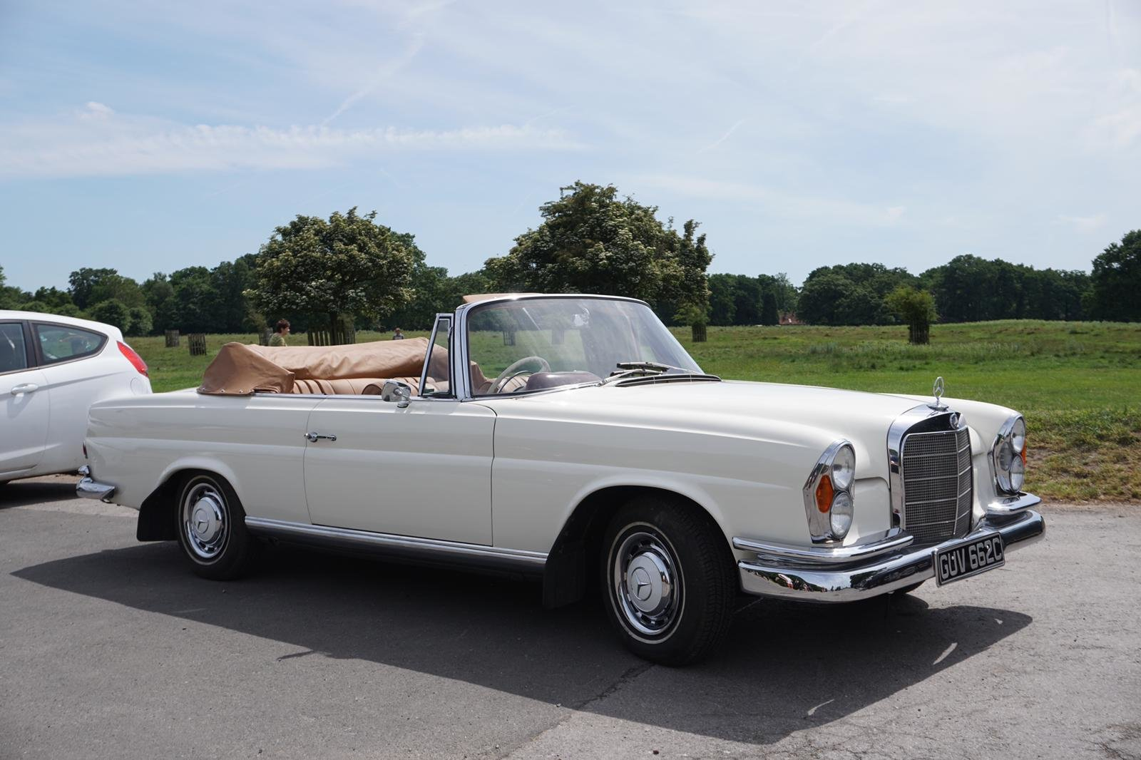1965 Mercedes 220 Se Convertible W111 Rhd Automatic Sold Car And Classic