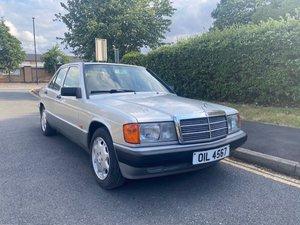 Mercedes 190e auto petrol only 33,000 miles!!