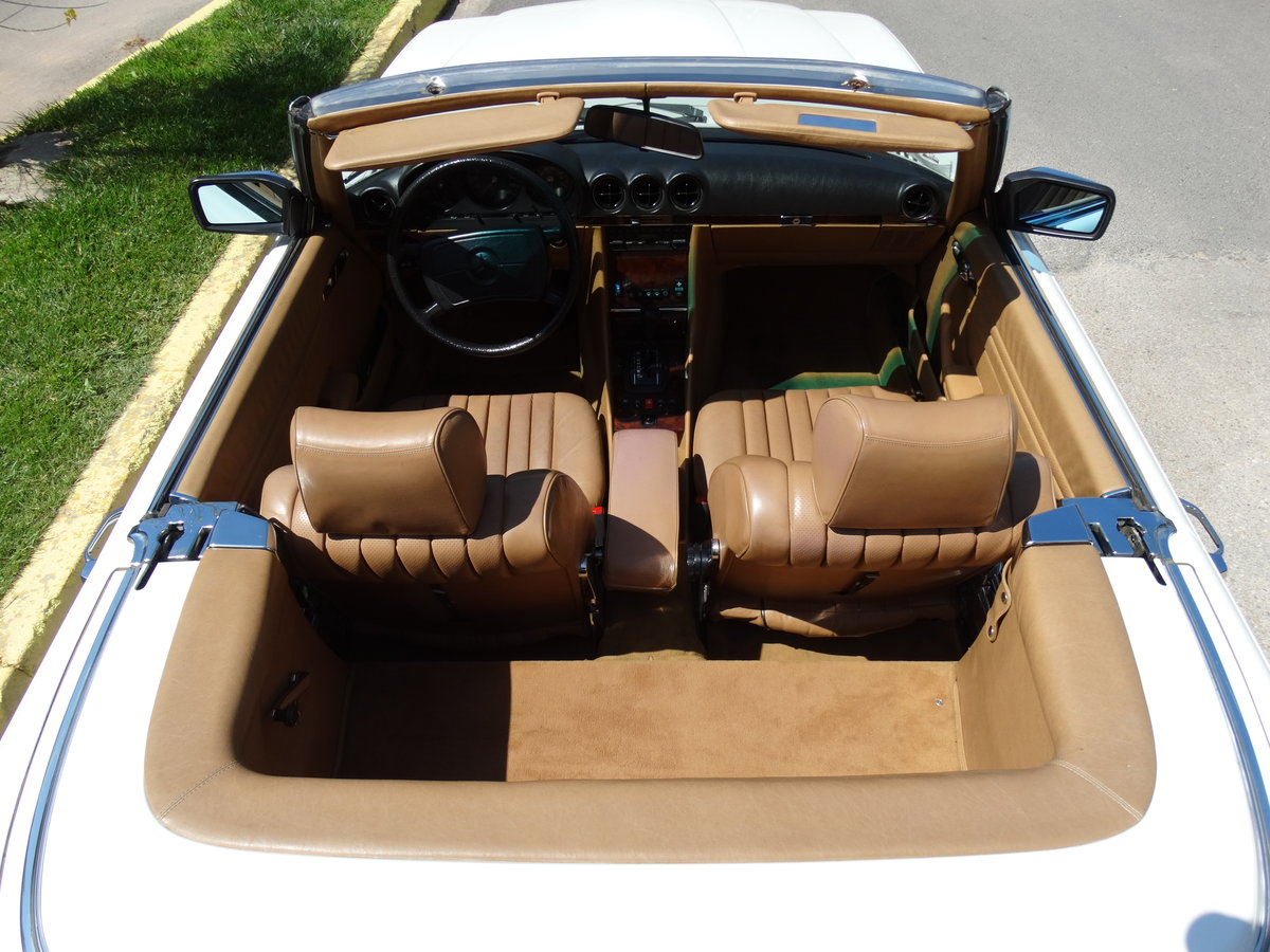 1983 Mercedes-Benz 380 SL, original 46220km, 1-owner For Sale (picture 3 of 6)