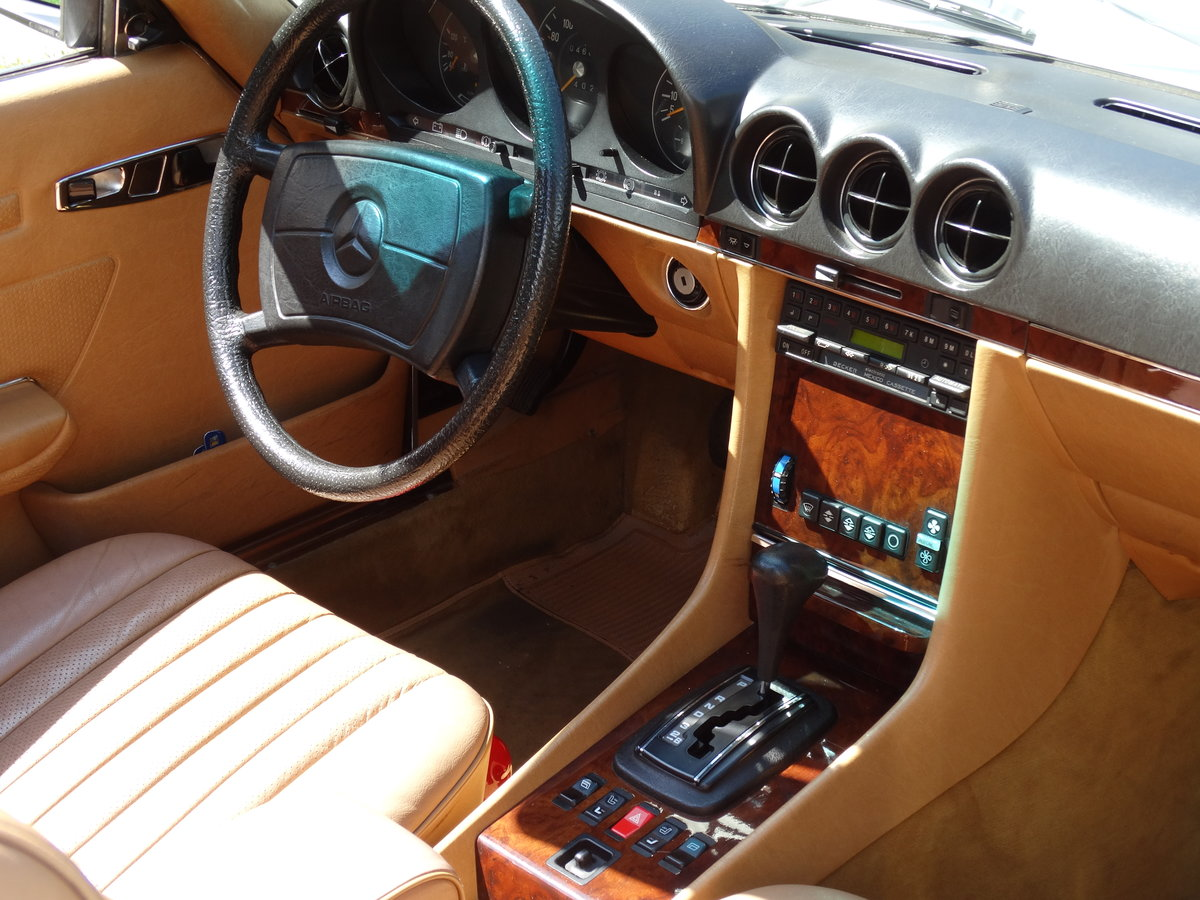 1983 Mercedes-Benz 380 SL, original 46220km, 1-owner For Sale (picture 4 of 6)