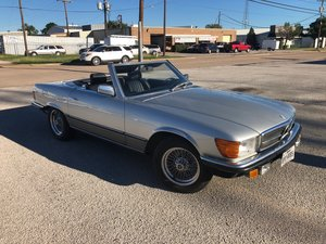 Picture of Mercedes 500SL 1983 LHD