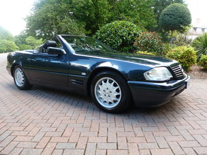 1996 Lovely genuine SL 500 with excellent history!