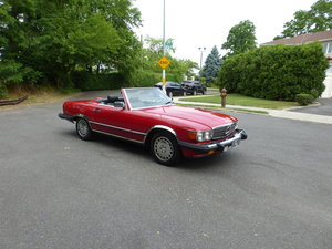 1986 Mercedes 560SL Two tops Nice Driver