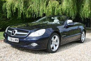 2008 Mercedes-Benz SL500 5.5 7G-Tronic SL500. Beautiful FMBSH