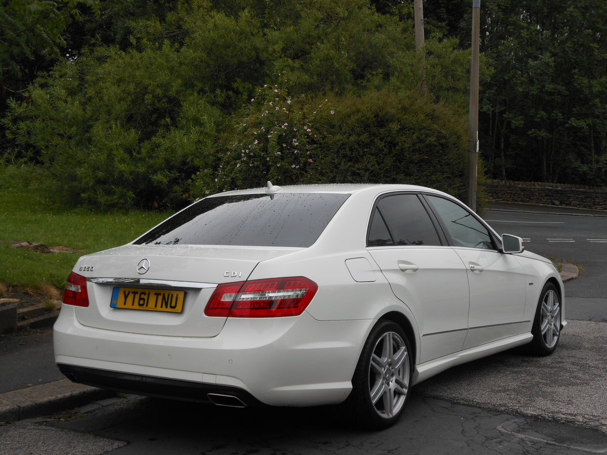 2011 Mercedes E350 CDI B-EFF Sports Edition 125 AMG AUTO For Sale (picture 2 of 6)