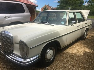 1971 Mercedes Benz 280s Driving Experience