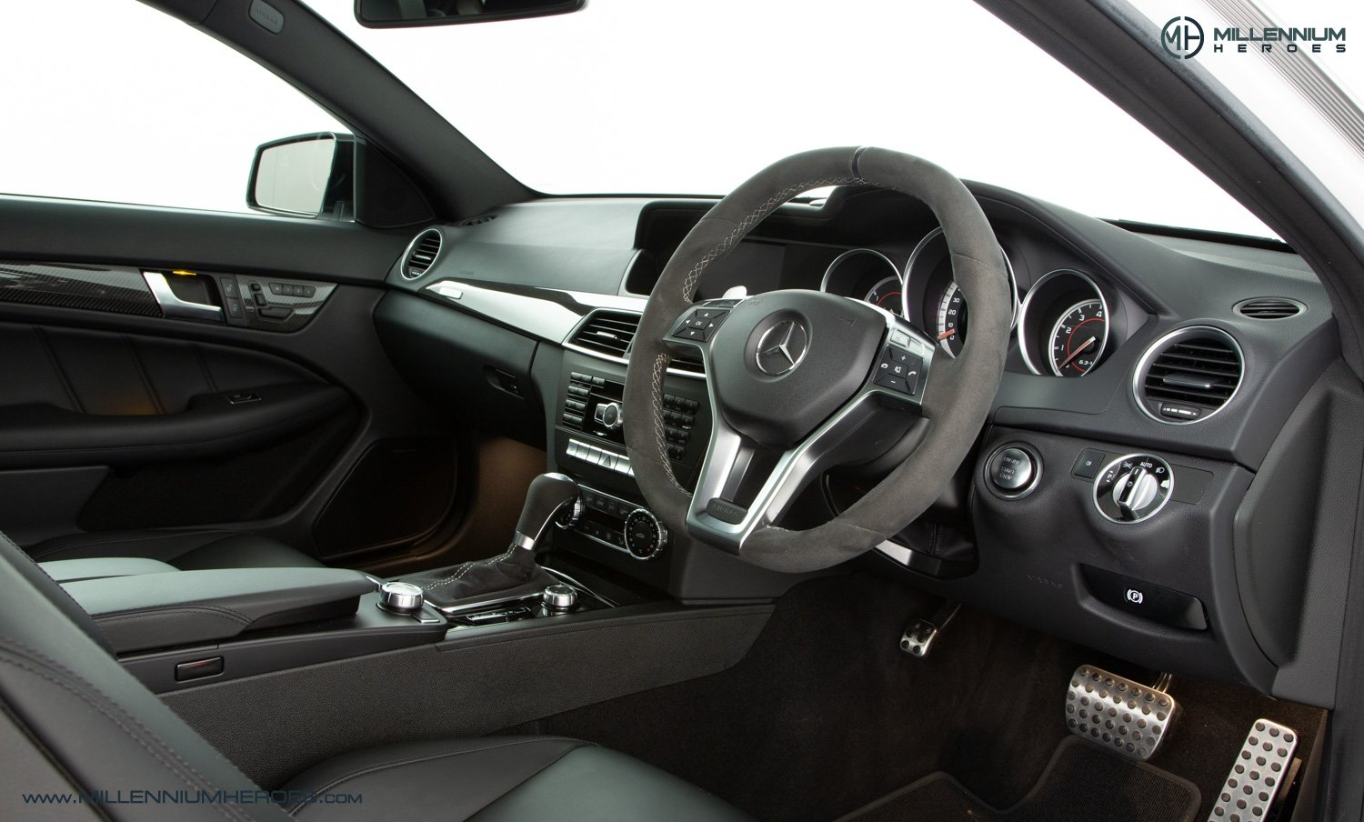 2013 MERCEDES C63 507 COUPE For Sale (picture 12 of 22)