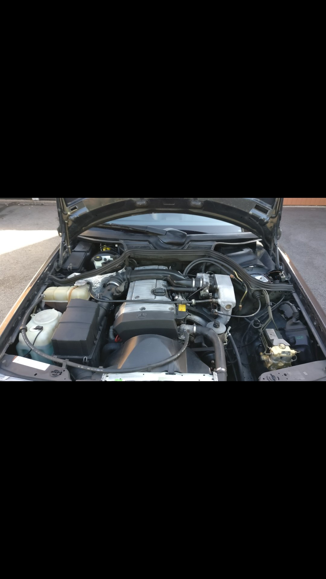 1994 Mercedes benz e class w124 e220 pillerless coupe  For Sale (picture 5 of 6)