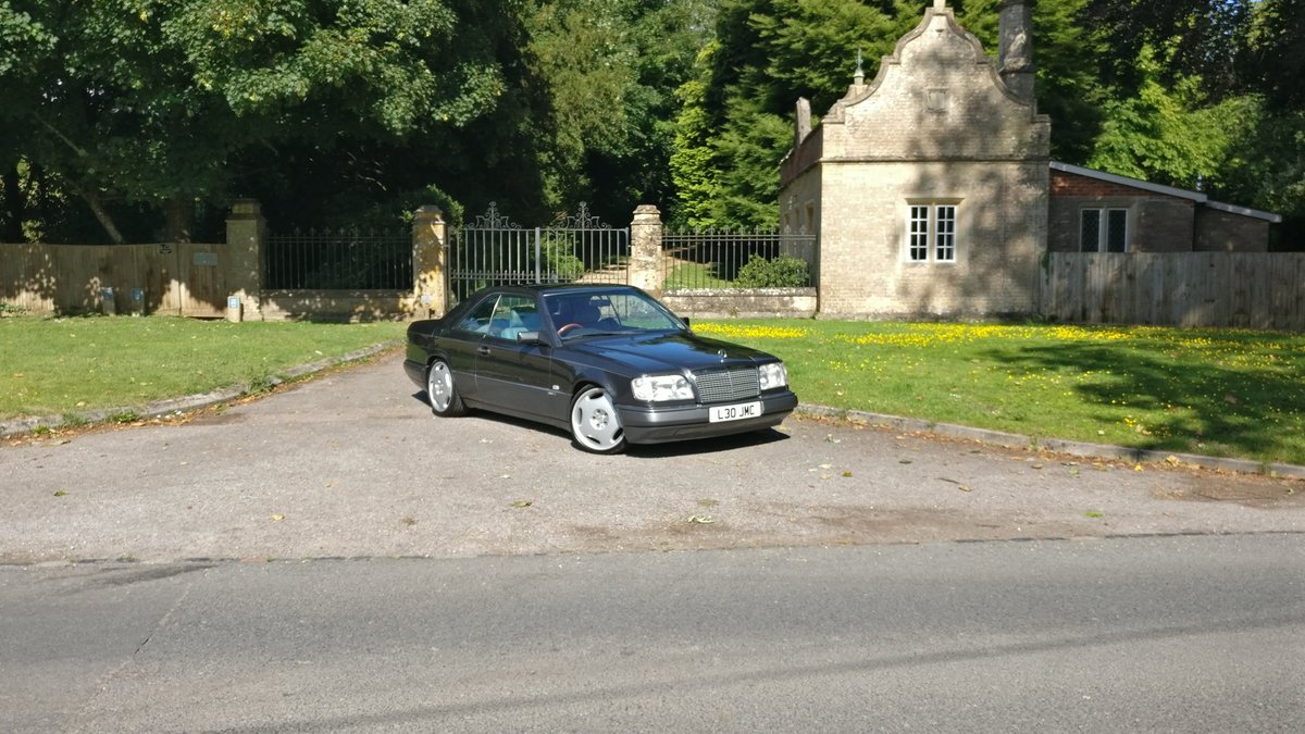 1994 Mercedes benz e class w124 e220 pillerless coupe  For Sale (picture 6 of 6)