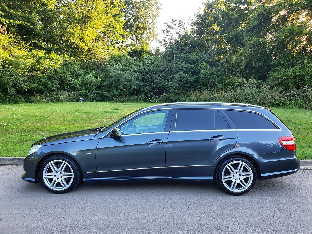 2010 Mercedes E200 Sport Estate.. 7 Seats.. Full AMG Pack.. FSH SOLD (picture 1 of 6)