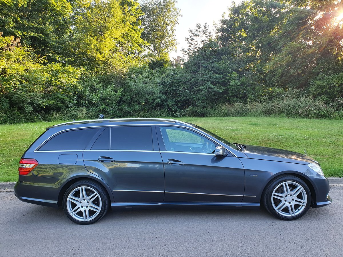 2010 Mercedes E200 Sport Estate.. 7 Seats.. Full AMG Pack.. FSH SOLD (picture 6 of 6)