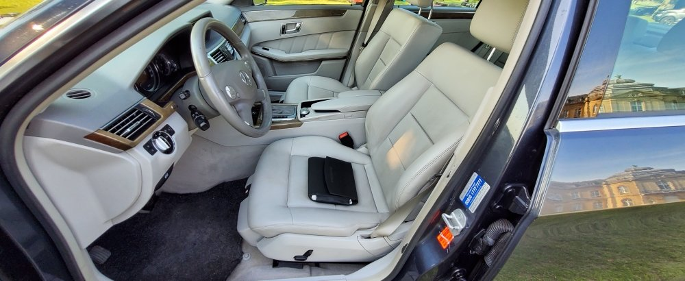 2010 LHD, Mercedes-Benz E Class E220, CDI,LEFT HAND DRIVE For Sale (picture 6 of 6)