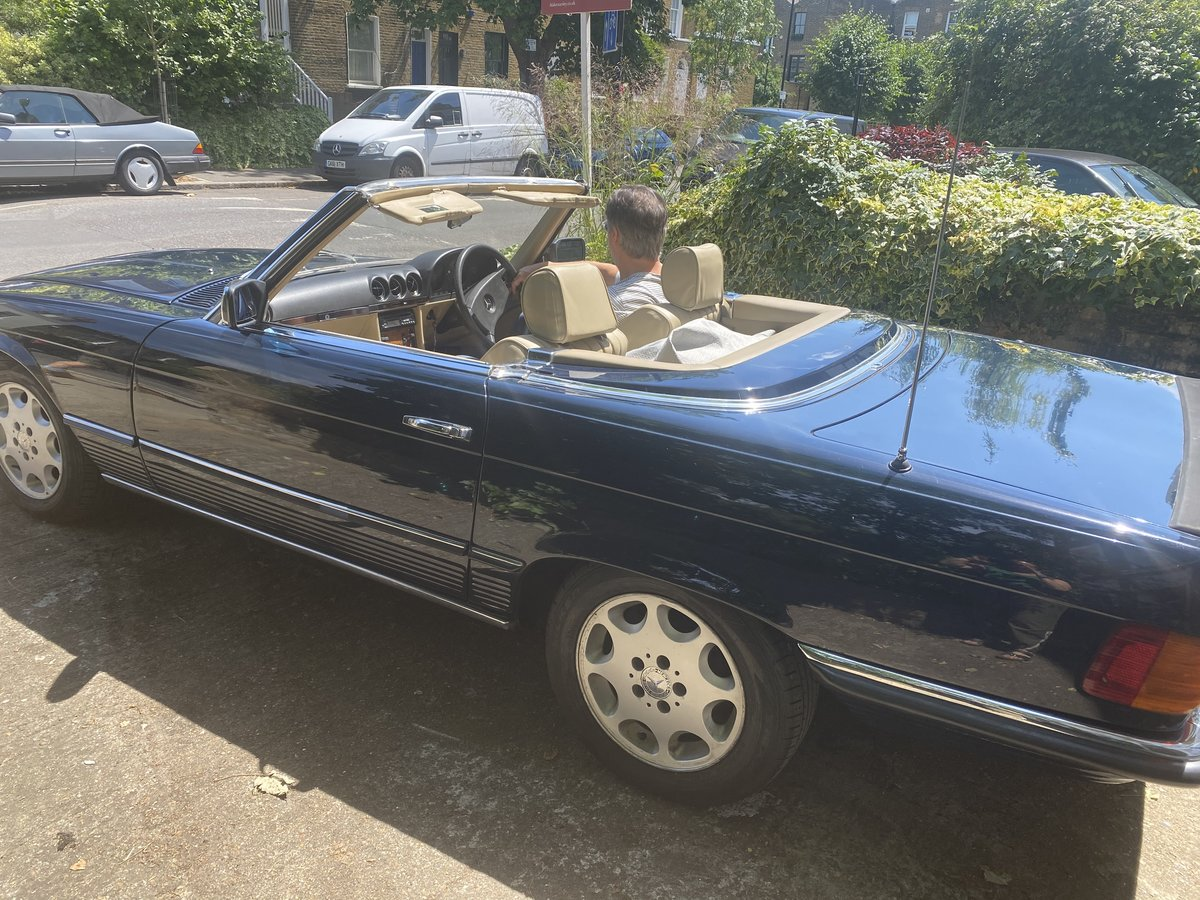 Mercedes 500 SL 1985 Automatic- good condition For Sale (picture 6 of 6)