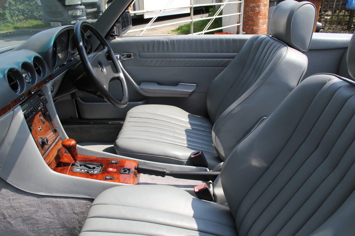 1989 Mercedes Benz 500SL 70k miles,Hard Top,Rear Seats, 2 owners For Sale (picture 11 of 18)