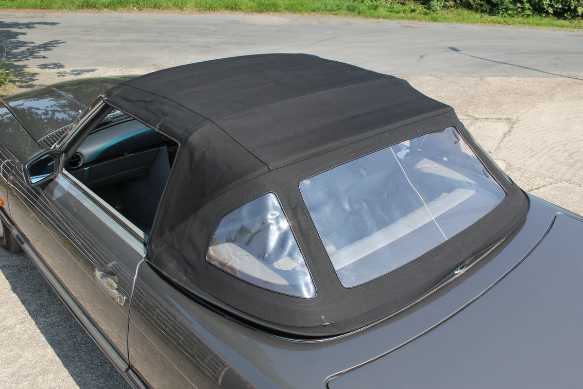 1989 Mercedes Benz 500SL 70k miles,Hard Top,Rear Seats, 2 owners For Sale (picture 17 of 18)