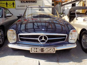1964 MERCEDES W113 230 SL 'PAGODA' SPORTS CONVERTIBLE