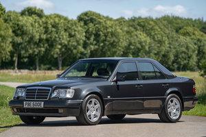 1993 Mercedes Benz E500 SOLD