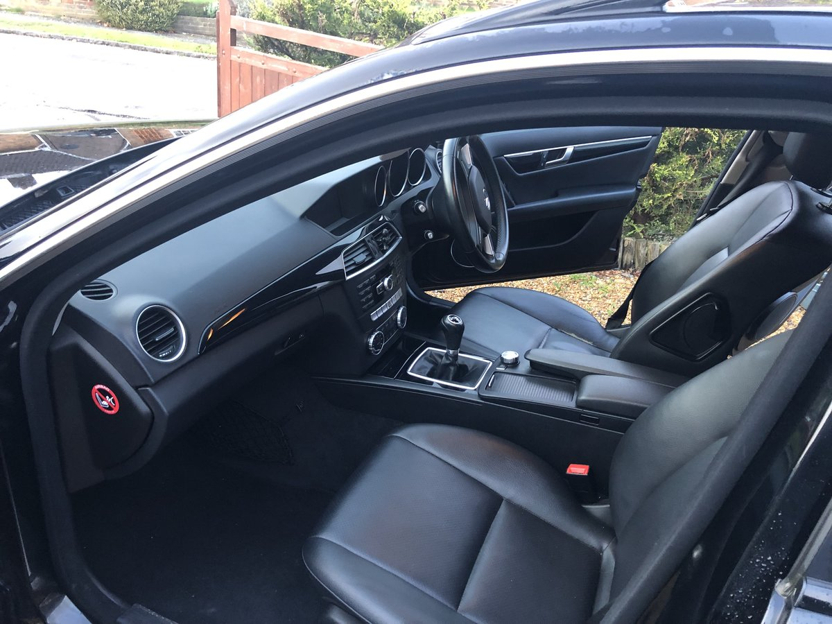 2012 Mercedes-Benz-C-Class CDI Executive SE Blue For Sale (picture 4 of 6)