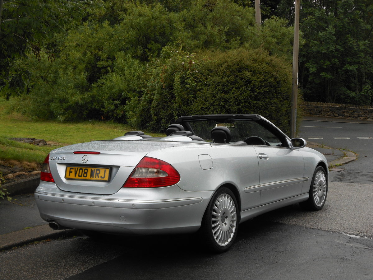 2008 Mercedes CLK 280 Avantgarde 7G-Tronic 2 Former Keeper SOLD (picture 2 of 6)