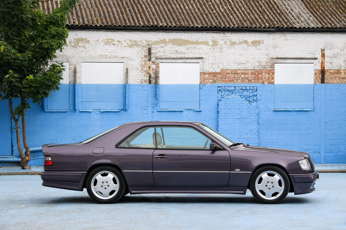 1994 Mercedes-Benz 320CE AMG W124 Coupe SOLD (picture 2 of 11)