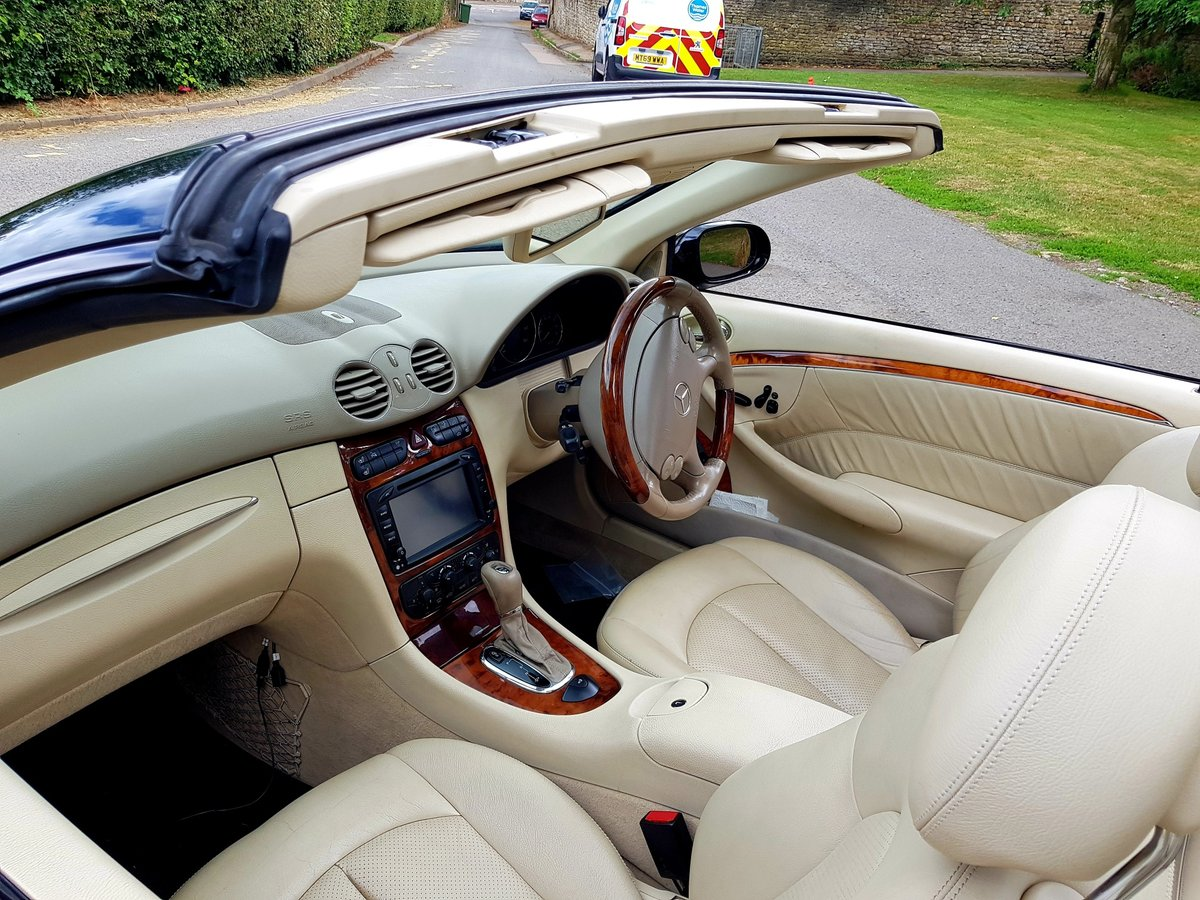 2004 Mercedes CLK 200K Cabriolet For Sale (picture 5 of 6)