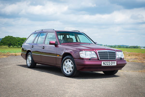 1996 Mercedes-Benz W124 E320 Estate - FSH - Exceptional