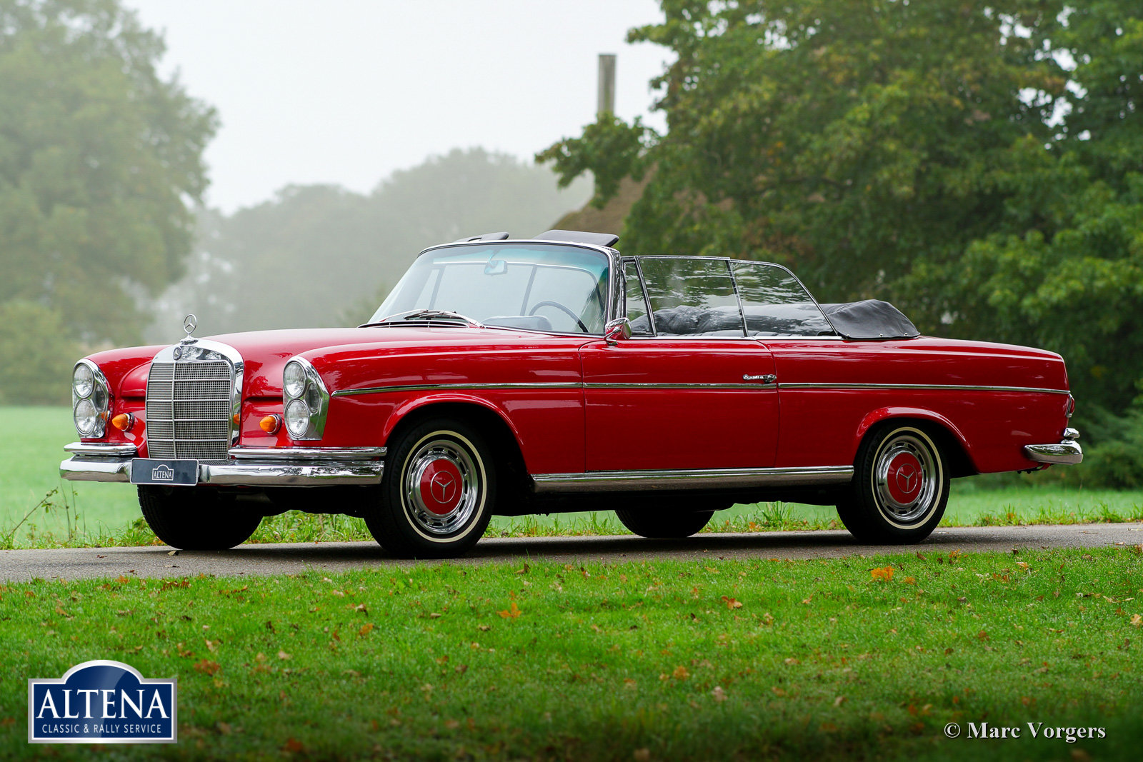 Mercedes 300SE Cabriolet, 1966 For Sale (picture 1 of 6)
