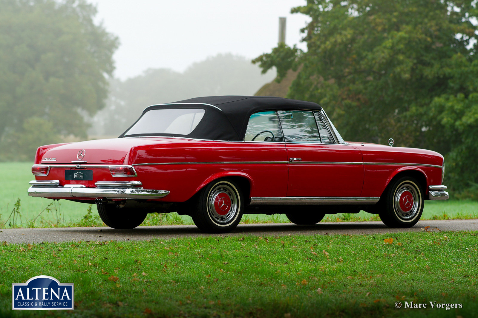 Mercedes 300SE Cabriolet, 1966 For Sale (picture 4 of 6)