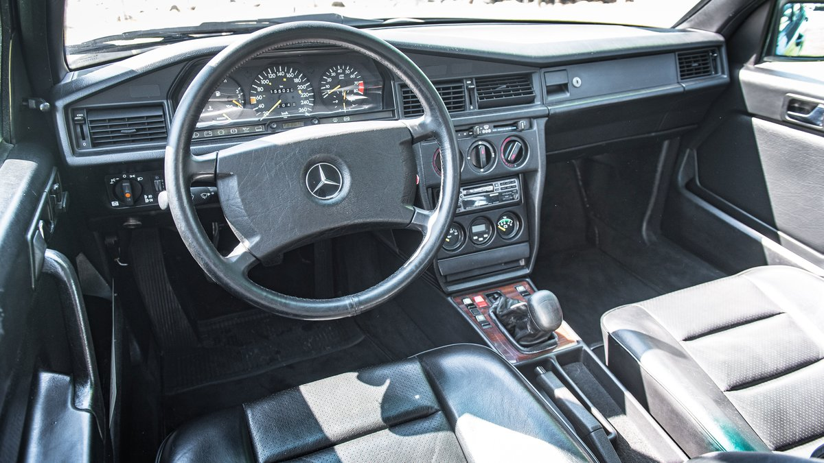 1987 Mercedes-Benz 190 E 2.3-16 No reserve For Sale by Auction (picture 3 of 6)