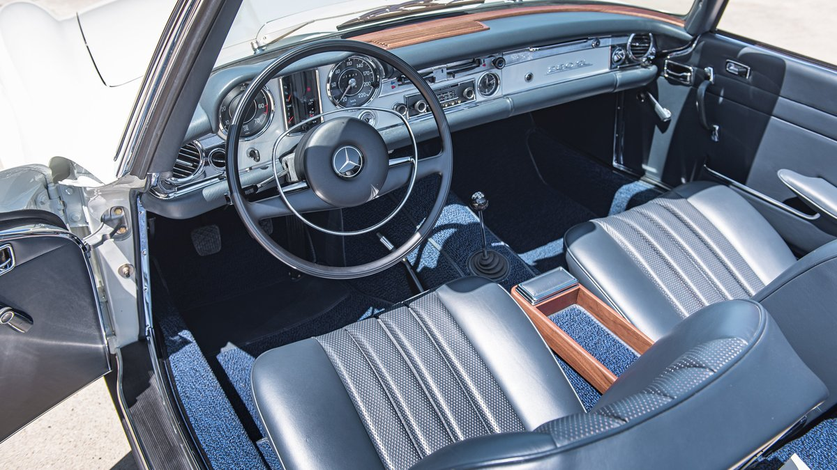 1970 Mercedes-Benz 280 SL avec Hard-top For Sale by Auction (picture 5 of 6)